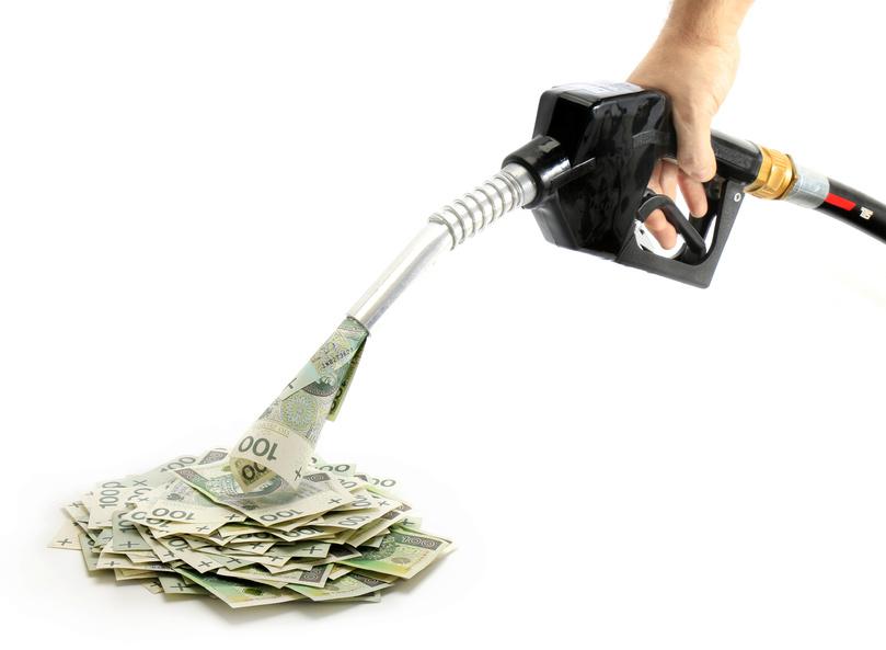 polskie pienidze, zotwki, paliwo, tankowanie paliwa