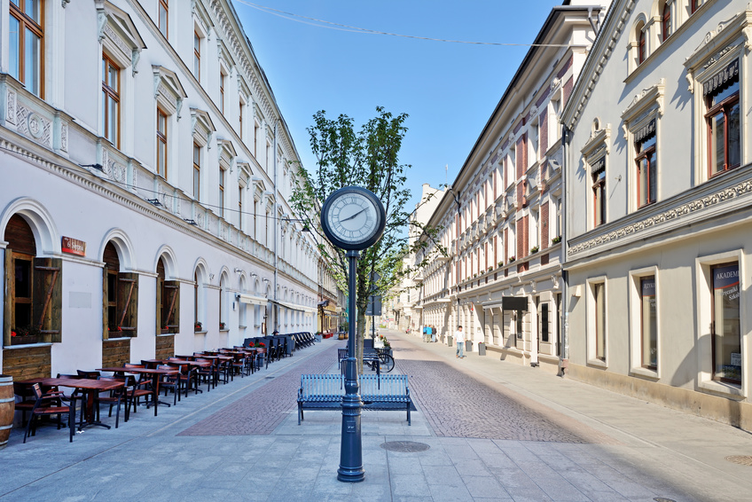 Woonerf w Łodzi  przy 6 Sierpnia